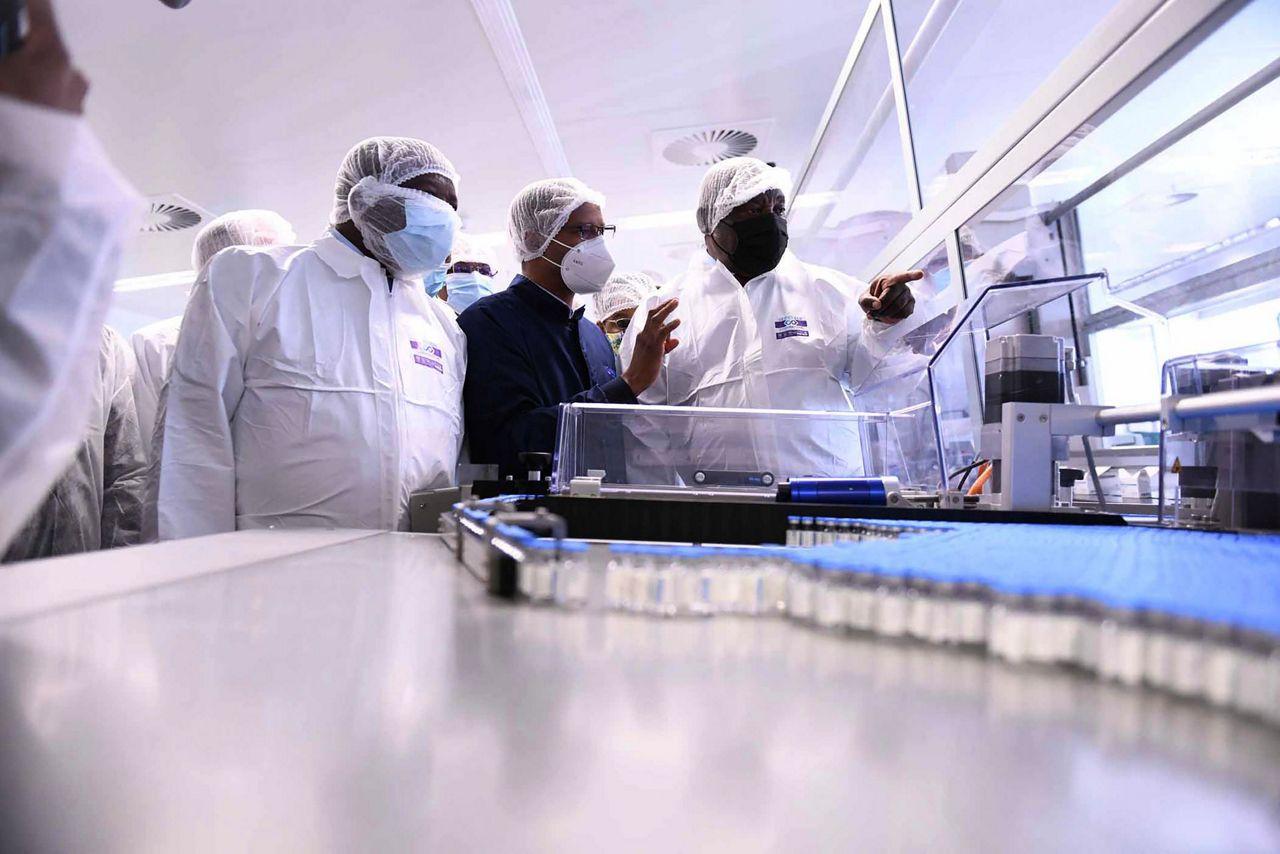 Virus Outbreak South Africa Vaccines 94287