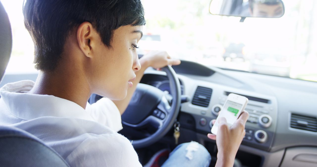 Texting and Driving is Now Officially Illegal in Massachusetts