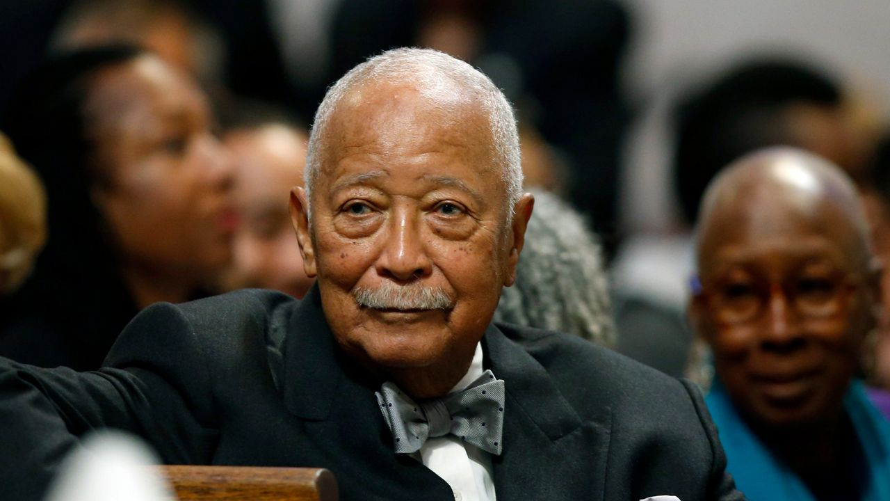 zceaofkz4wbnsm https www ny1 com nyc all boroughs news 2020 11 24 reactions and tributes pour in after former mayor david dinkins dies at 93