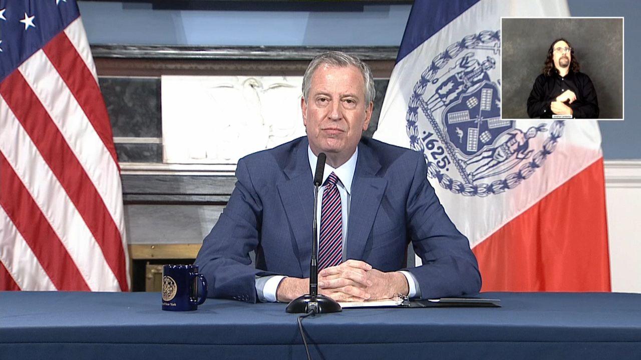 Escuelas públicas de NYC seguirán cerradas por el resto del ciclo escolar