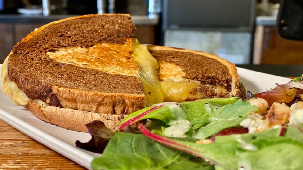 Chef's Kitchen: The Indie Grilled Cheese