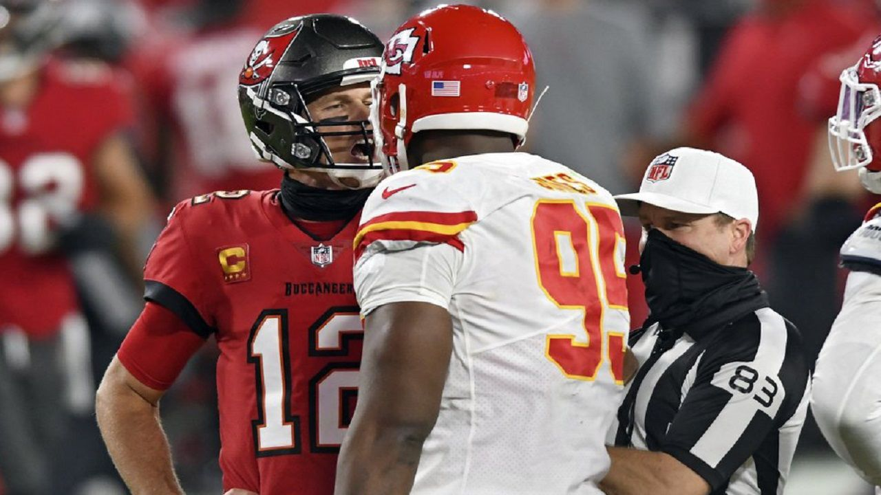 Defending Super Bowl Champion Chiefs Hold Off Bucs Rally