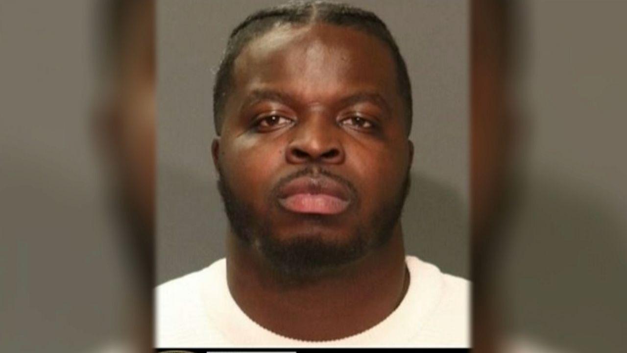 NYPD busca a sujeto que habría raptado a su propia hija