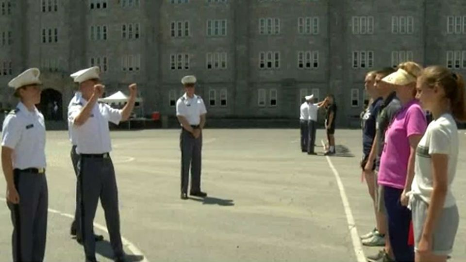 300 volunteers assist cadets at West Point 0ec122afc30