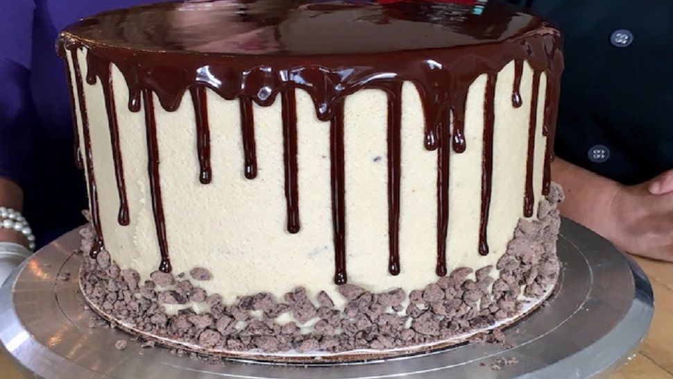 Chef's Kitchen: Icing A Cookie Dough Buttercream Cake