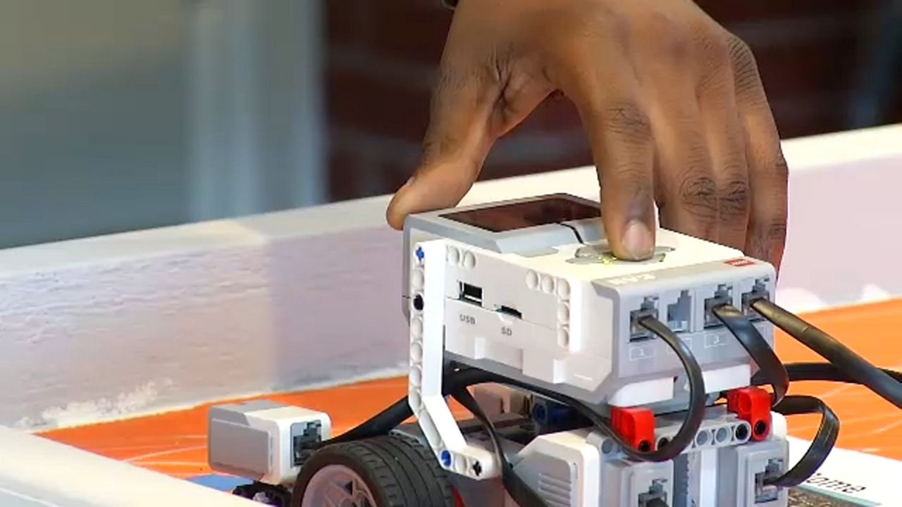 Students Come Together For Lego Robotics Competition