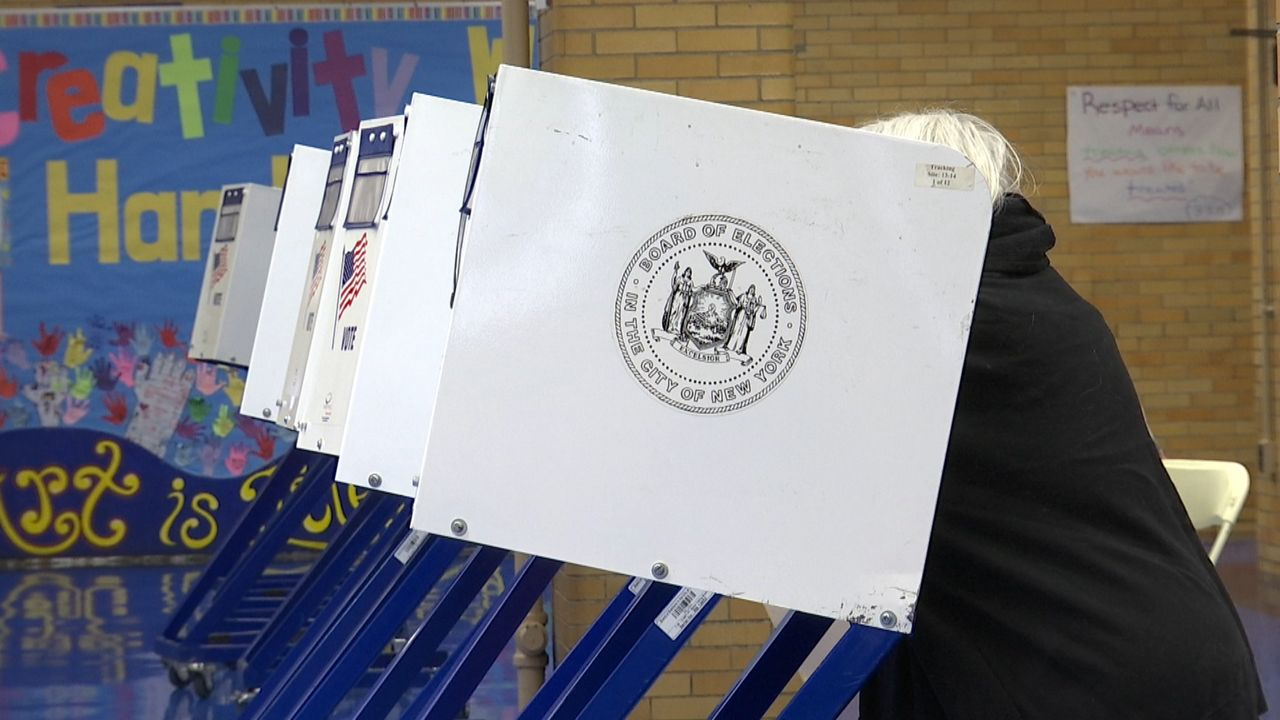 Cuomo Sets Special Election For NY-27, State Legislative Seats
