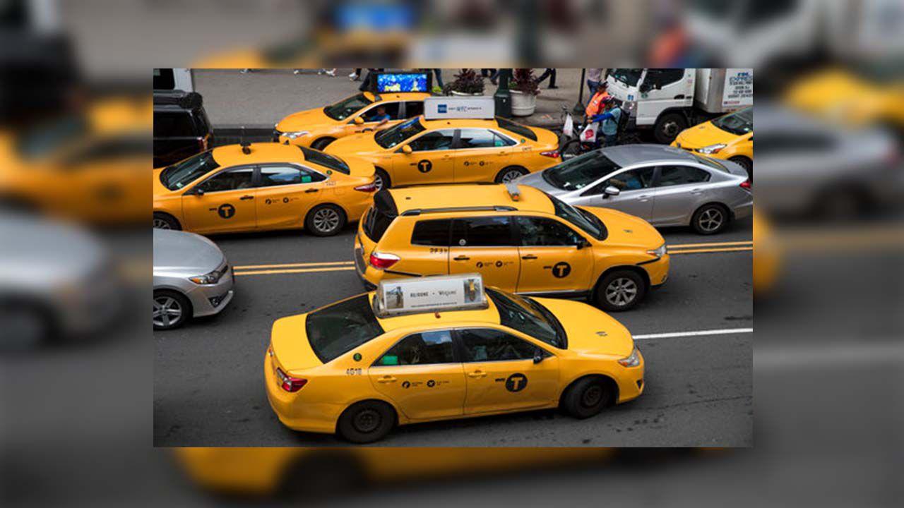 Proponen aumentar peaje en puentes y túneles; establecerían impuesto de $4 para taxis y servicios de app en aeropuertos