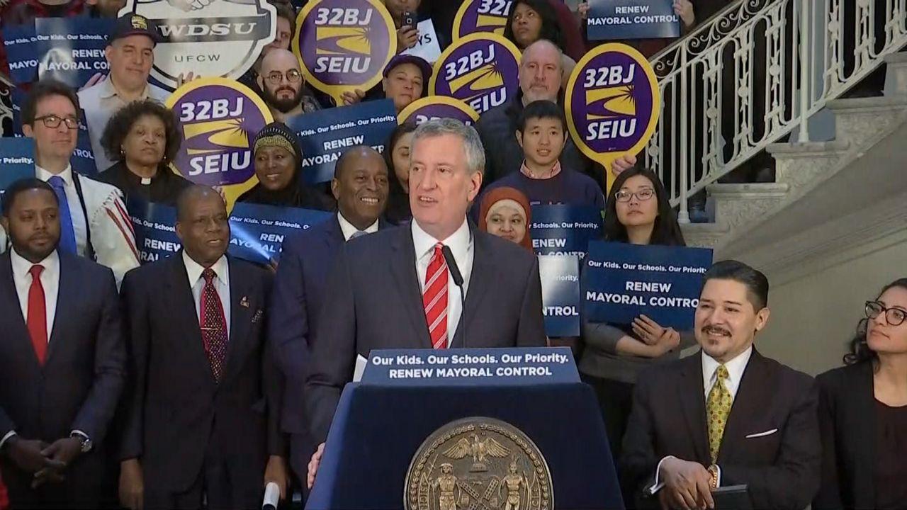 NYC Mayor Bill de Blasio Ends 2020 Presidential Bid