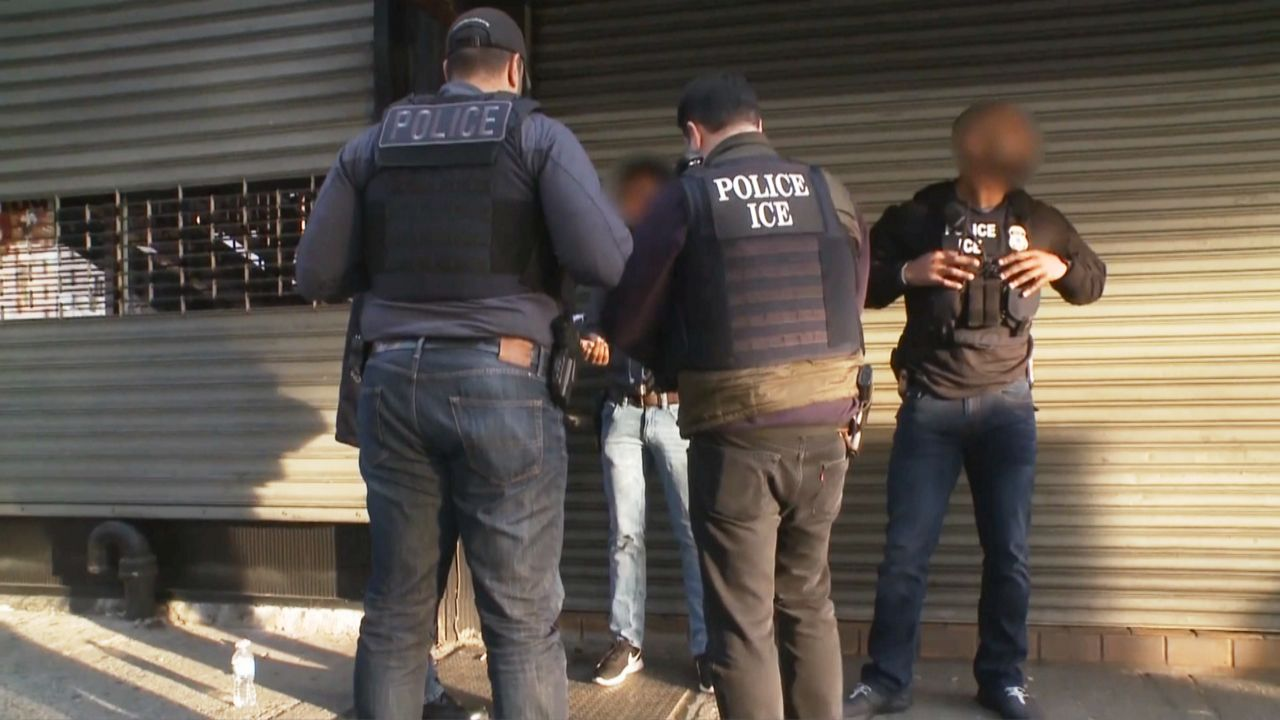 ICE Expected to Begin Immigration Raids This Weekend