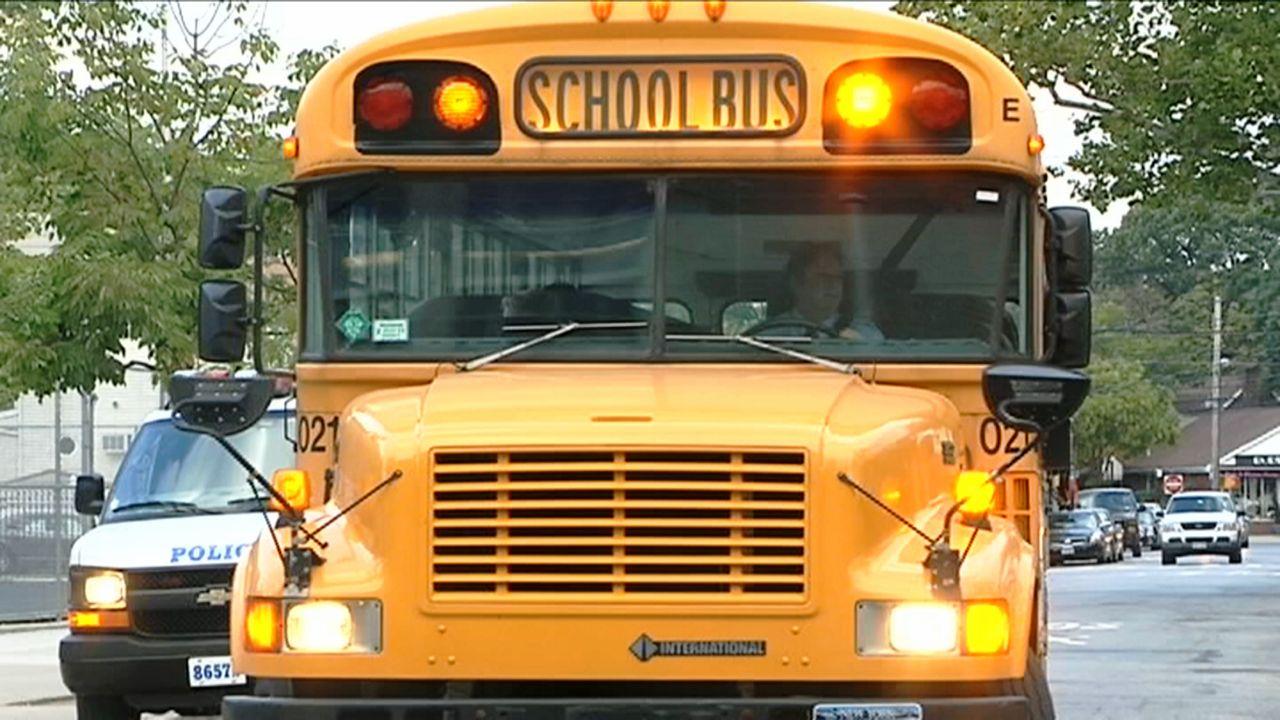 FBI Probing City's Yellow School Bus Contracts