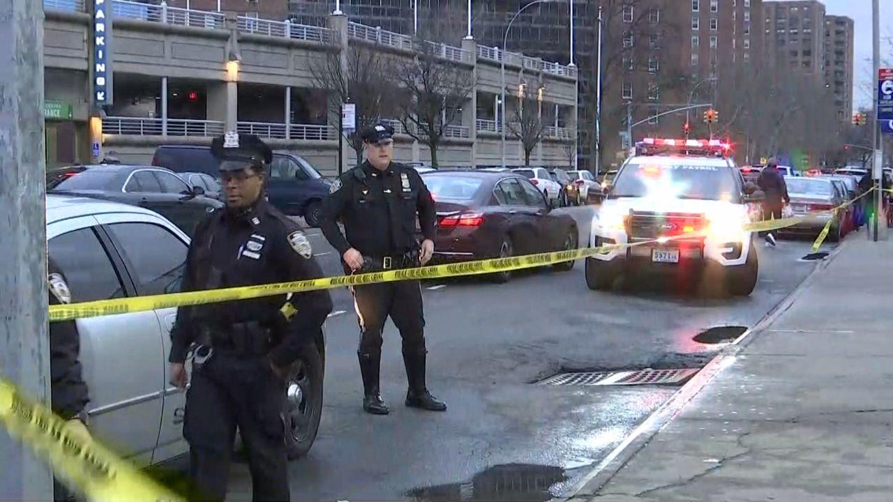 Mujer muerta por taxi en Queens