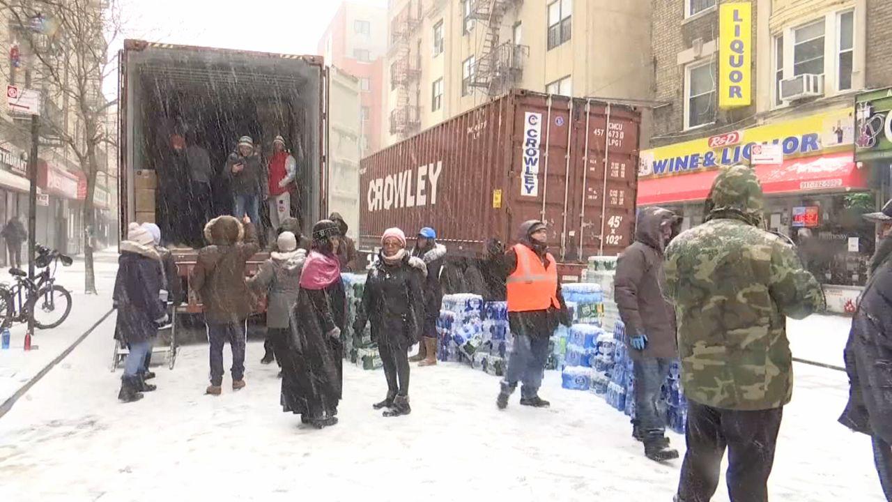 Neoyorquinos colectan ayuda para damnificados en Puerto Rico