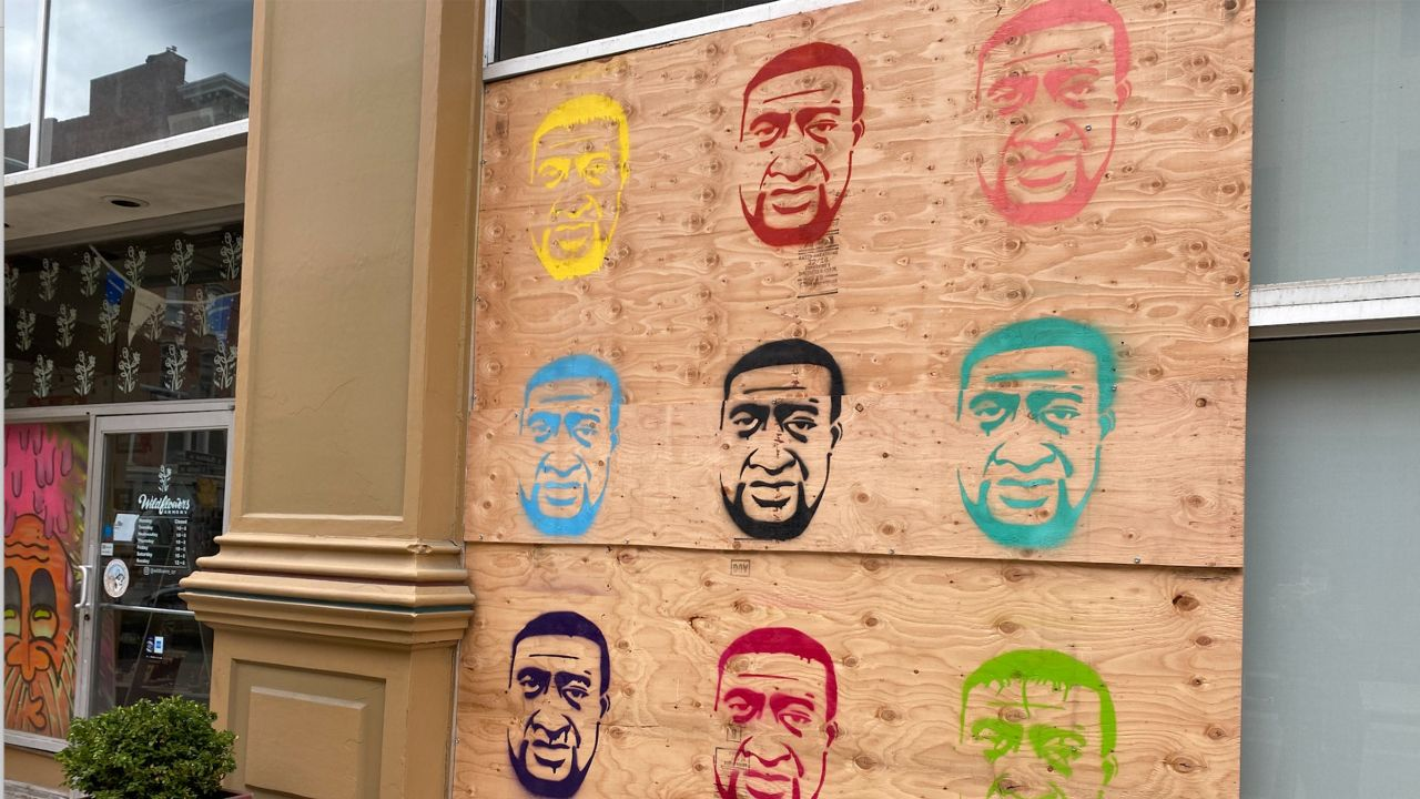 Artist Paints George Floyd Mural on Boarded Up Windows