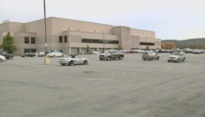 GlobalFoundries Planning Layoffs to Improve Competitiveness