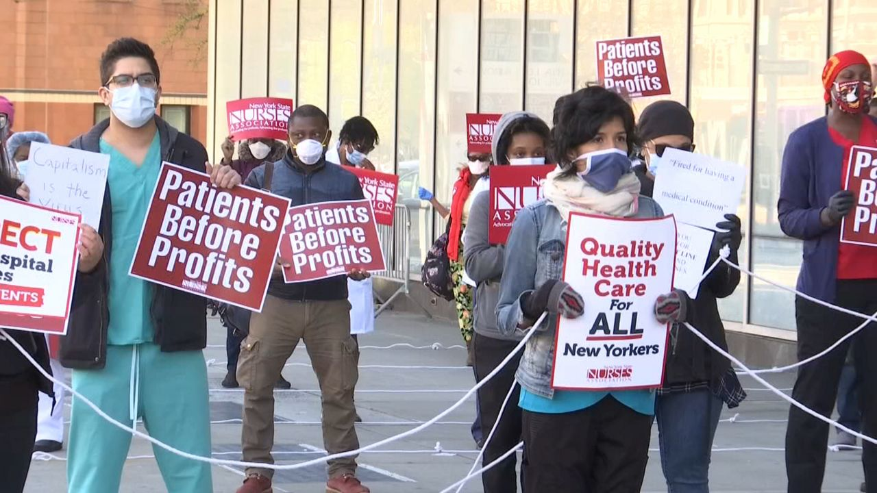 Harlem Hospital Nurses Protest Over Lack of Protective Gear