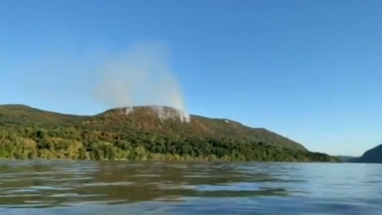 Fire Continues on Sugarloaf Mountain in Hudson Highlands State Park