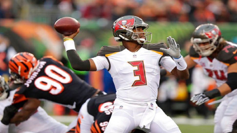 tampa bay buccaneers to get new uniforms in 2020 tampa bay buccaneers to get new