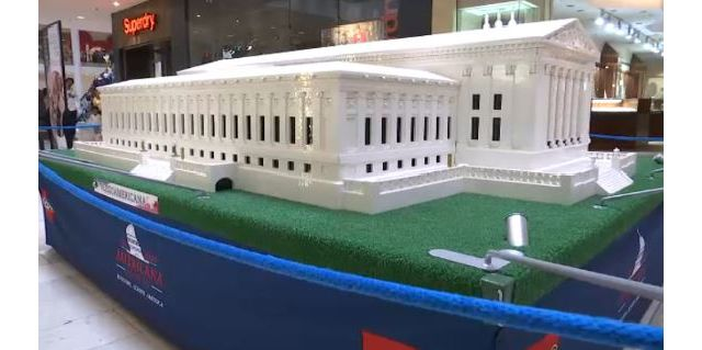 Lego replicas of national landmarks return to Staten Island Mall