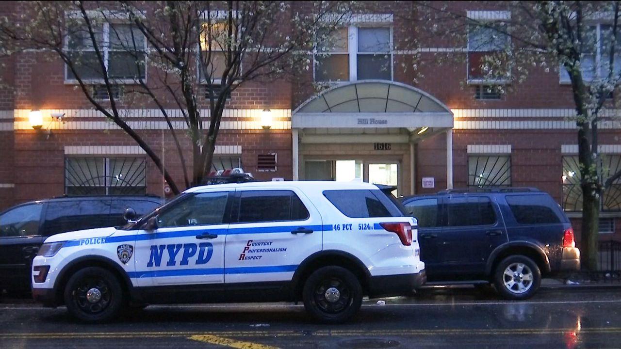 Muere baleado por el NYPD tras amenazarles con un cuchillo