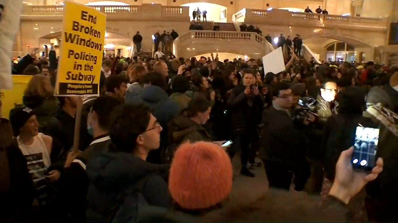 Alcalde condena actos vandálicos en protestas contra la MTA