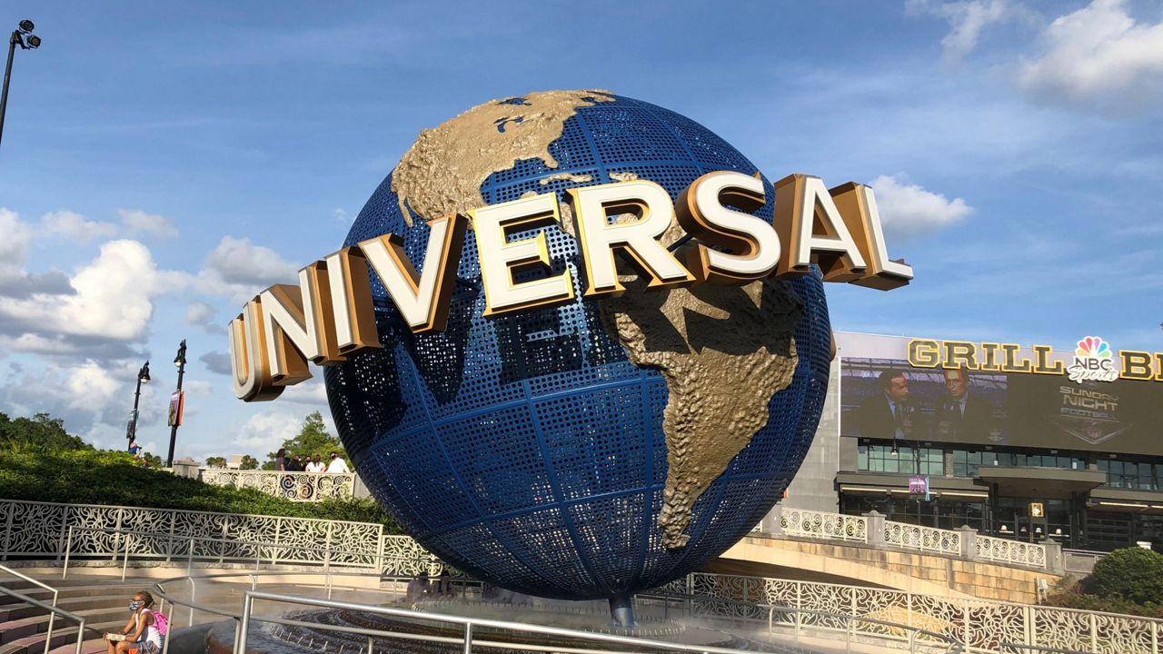 Universal Opens Beetlejuice Haunted House on Halloween Weekend