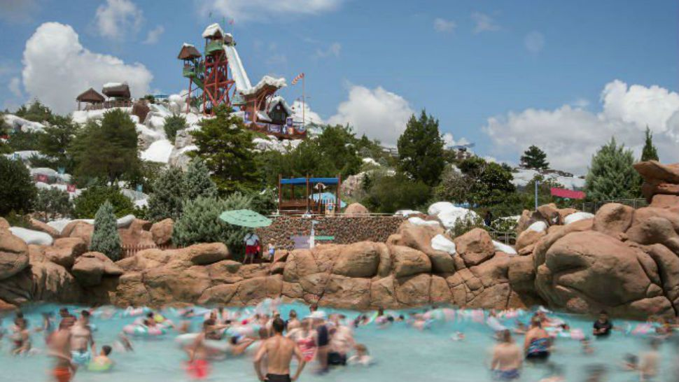 Cold Snap Closes Orlando Water Parks