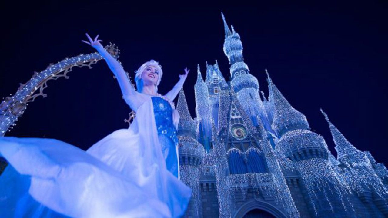 Watch Disney Holiday Castle Lighting