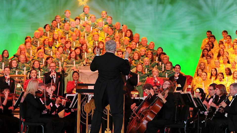 Candlelight Processional at Epcot. (Disney)