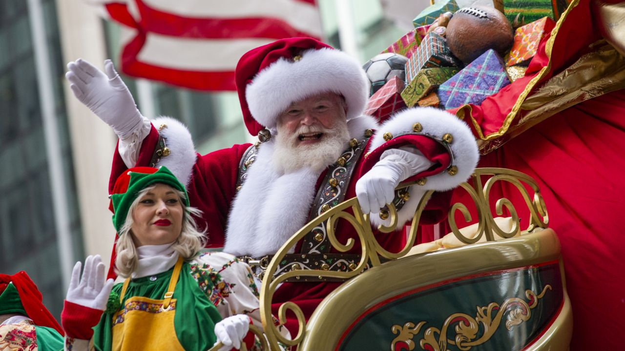 Christmas Day Parade 2020 New York Santa Claus Won't Be Coming to Macy's This Year