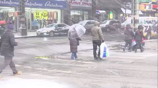 new yorkers shake off the first major snowfall of the season saturday
