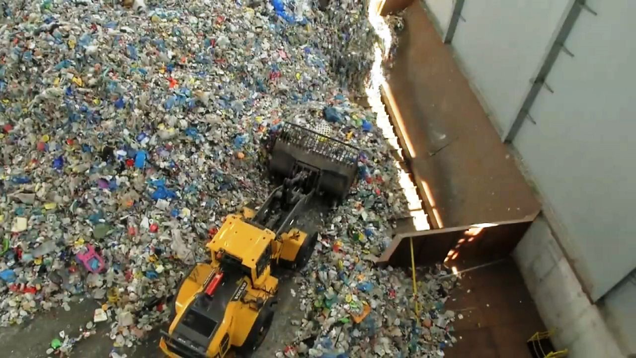 NYC Marks 30 Years Since Mandatory Recycling Law Passed - Spectrum News NY1
