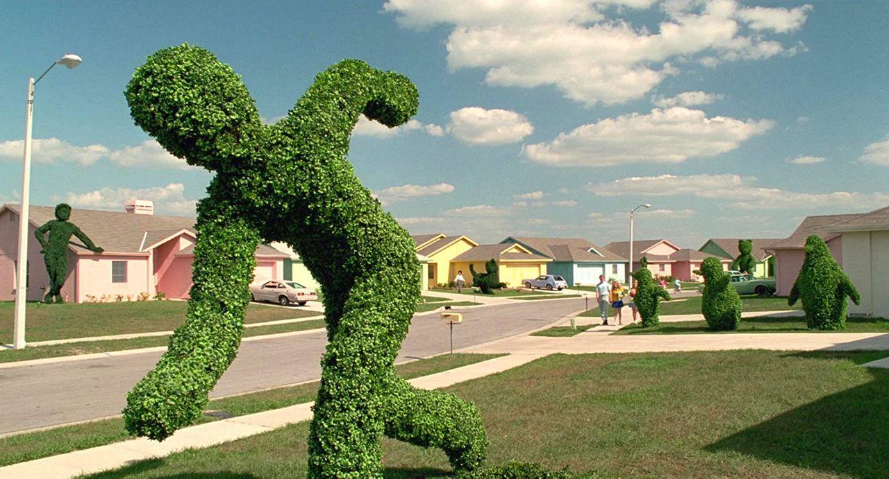 scissorhands topiary