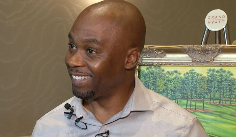 Exonerated Artist Using Golf to Change the World