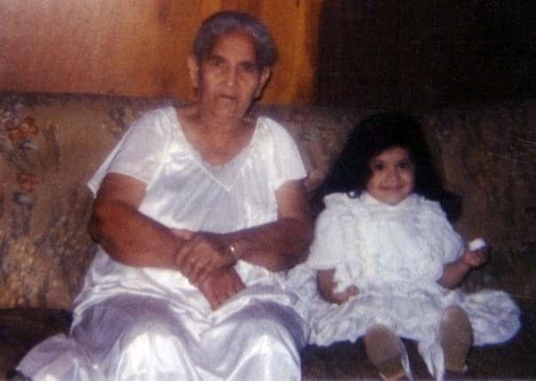 Sandra Gonzalez with her grandmother (Sandra Gonzalez)