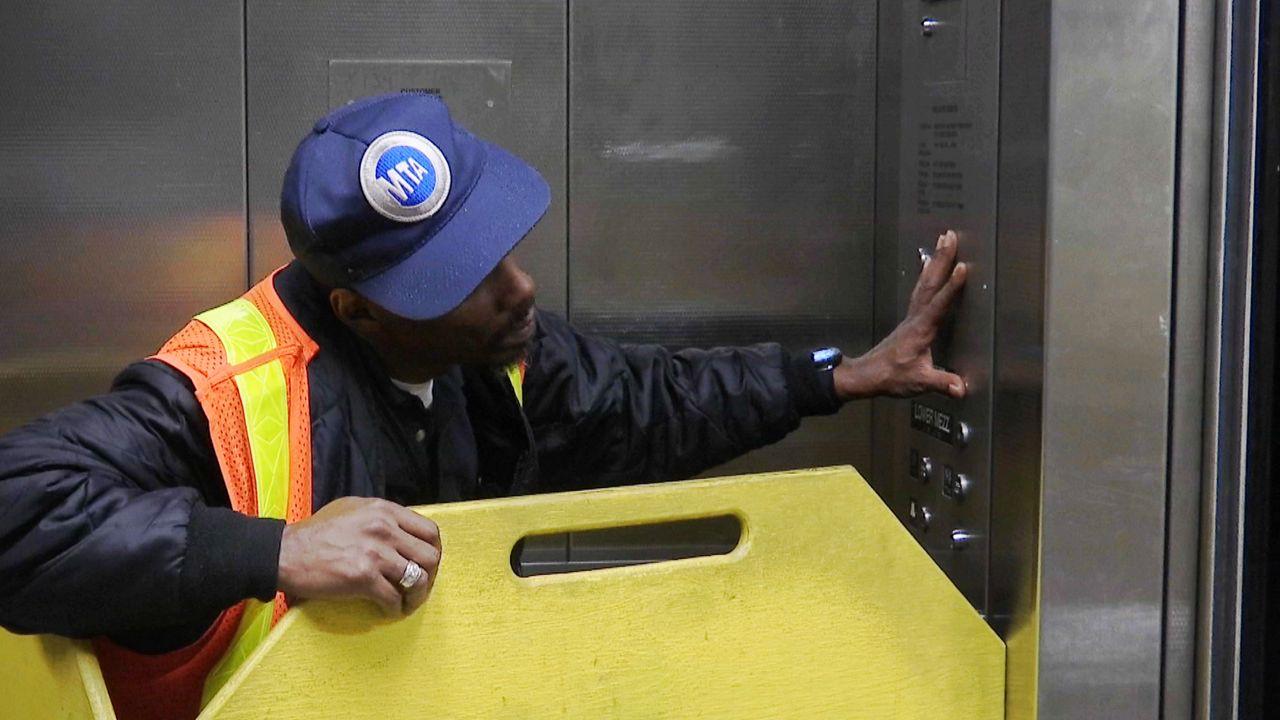 Mta Subway Map Elevators.Nyc S Last Subway Station Elevator Attendants Will Stay Put