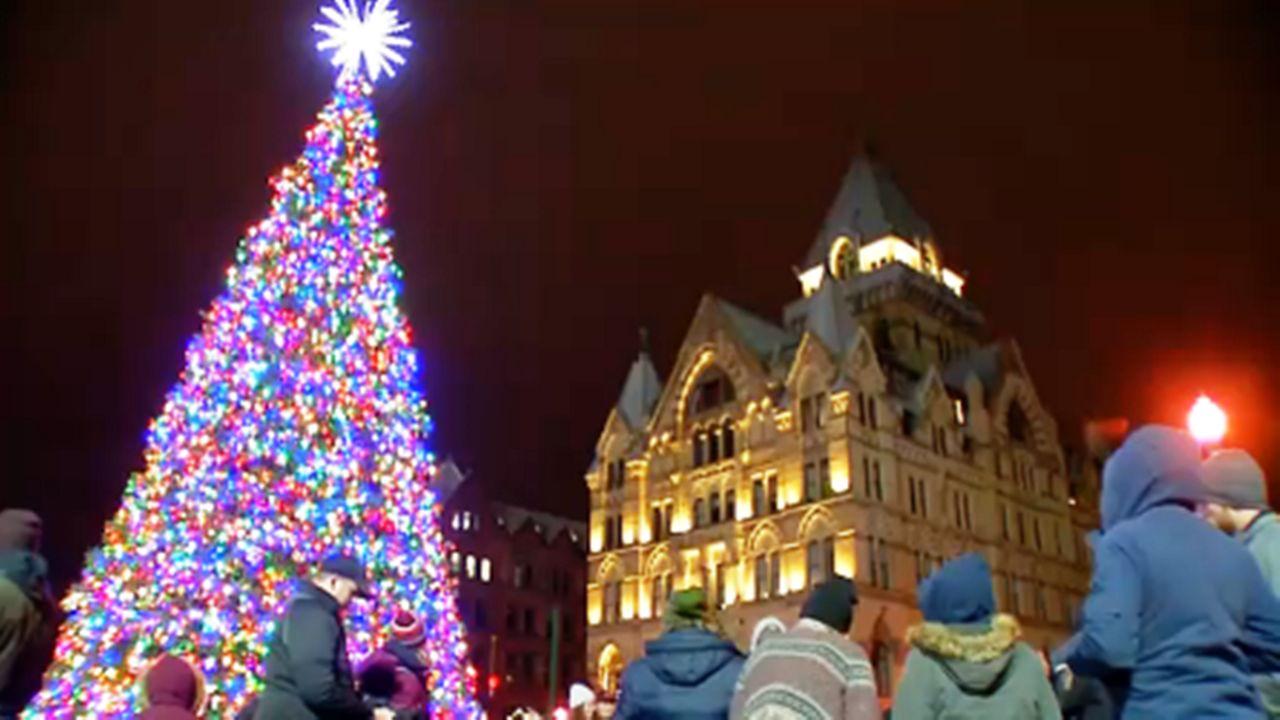 Syracuse to Hold Virtual Christmas Tree Lighting