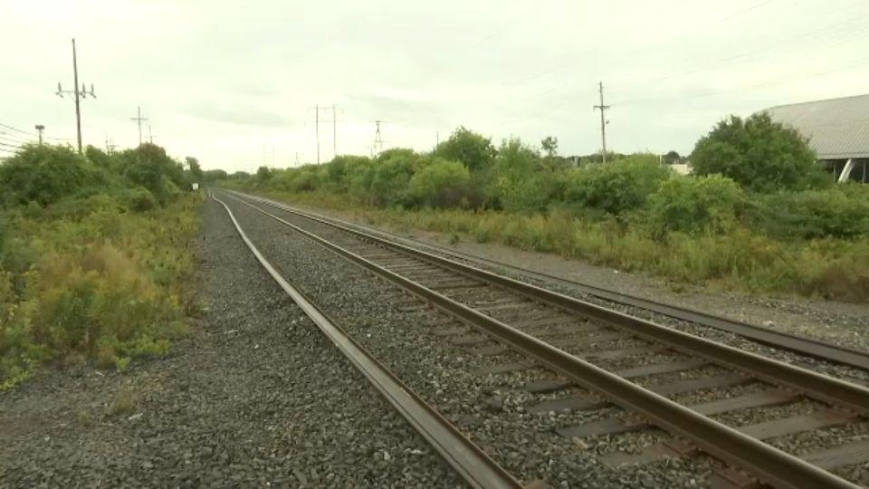 Tonawanda police pull 3 teens from train tracks