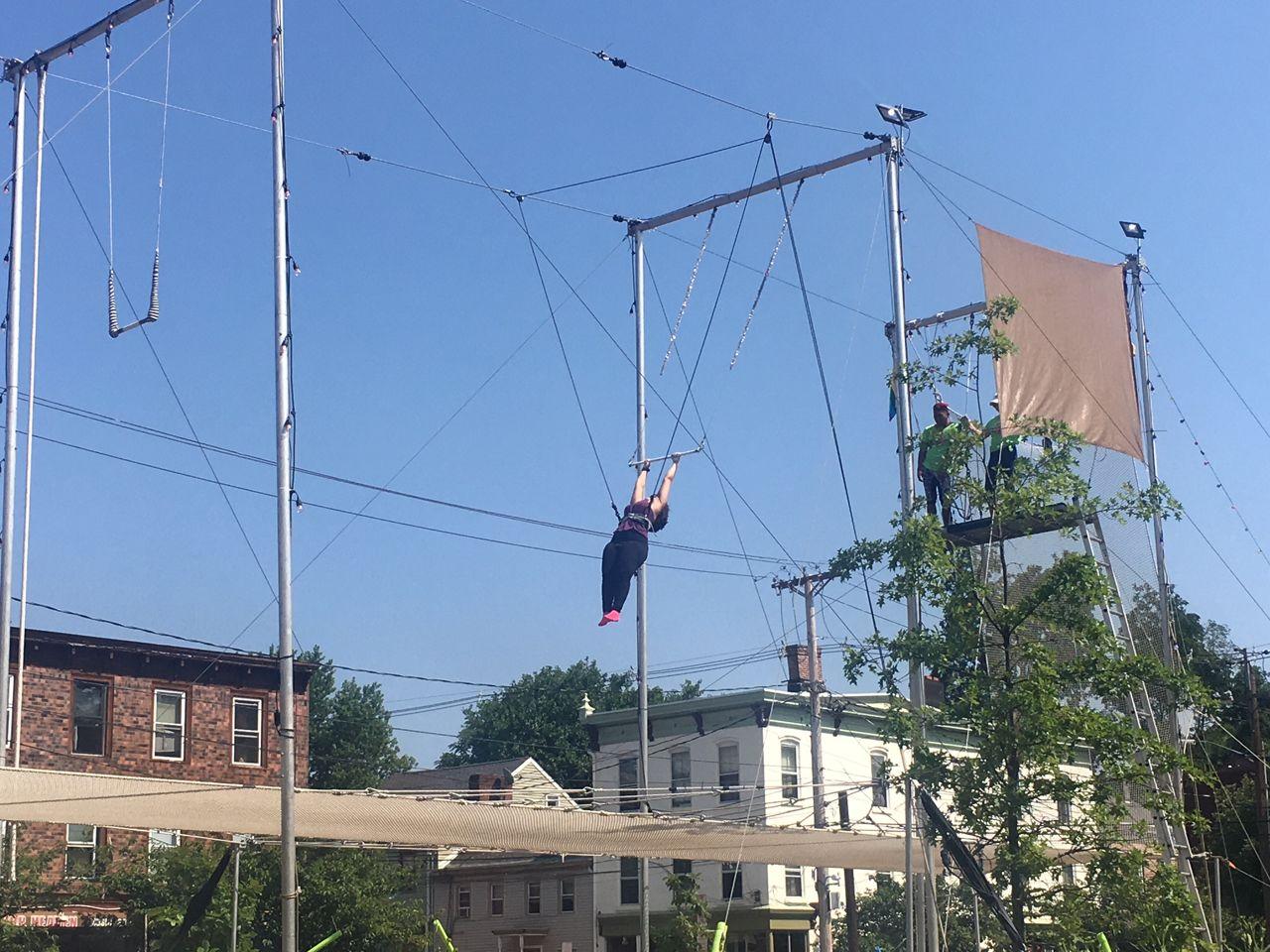 Trapeze Newburgh