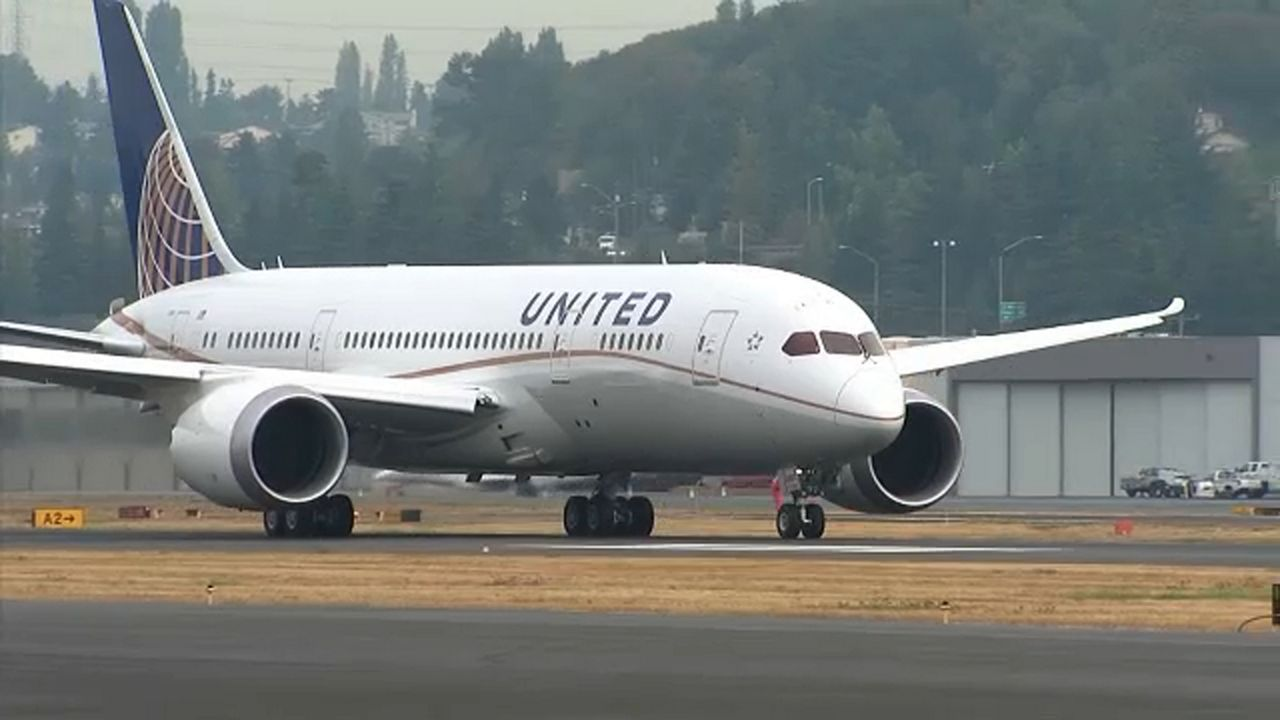 United Airlines From Orlando Make Emergency Landing In Tampa
