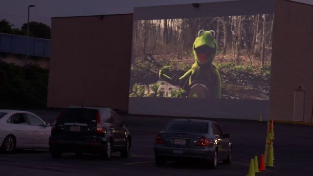 Winston Salem Movie Theater Transforms Into Drive In