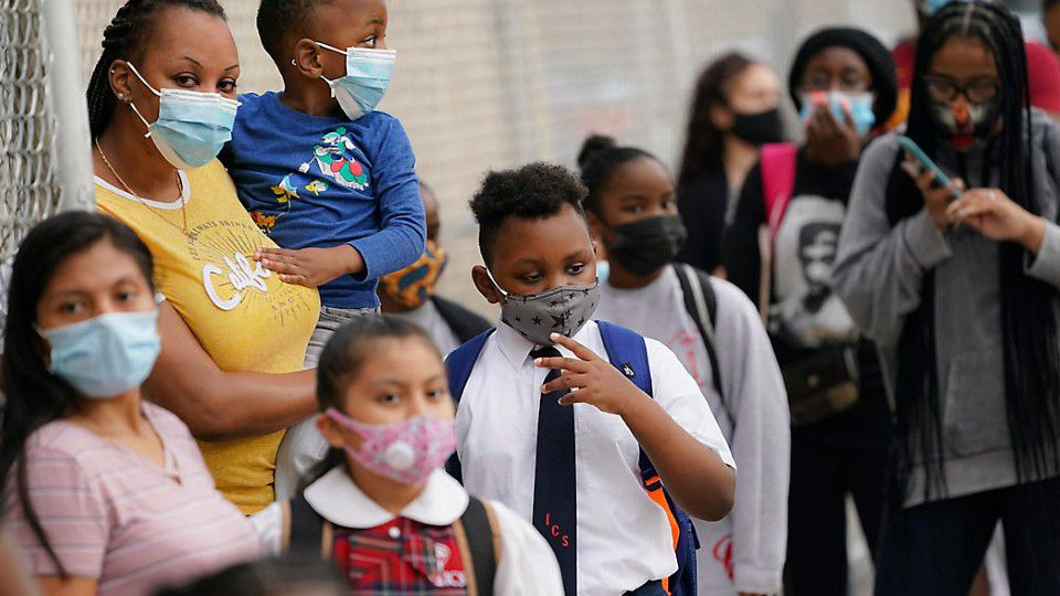 Republicans make new push to end mask mandate for schools