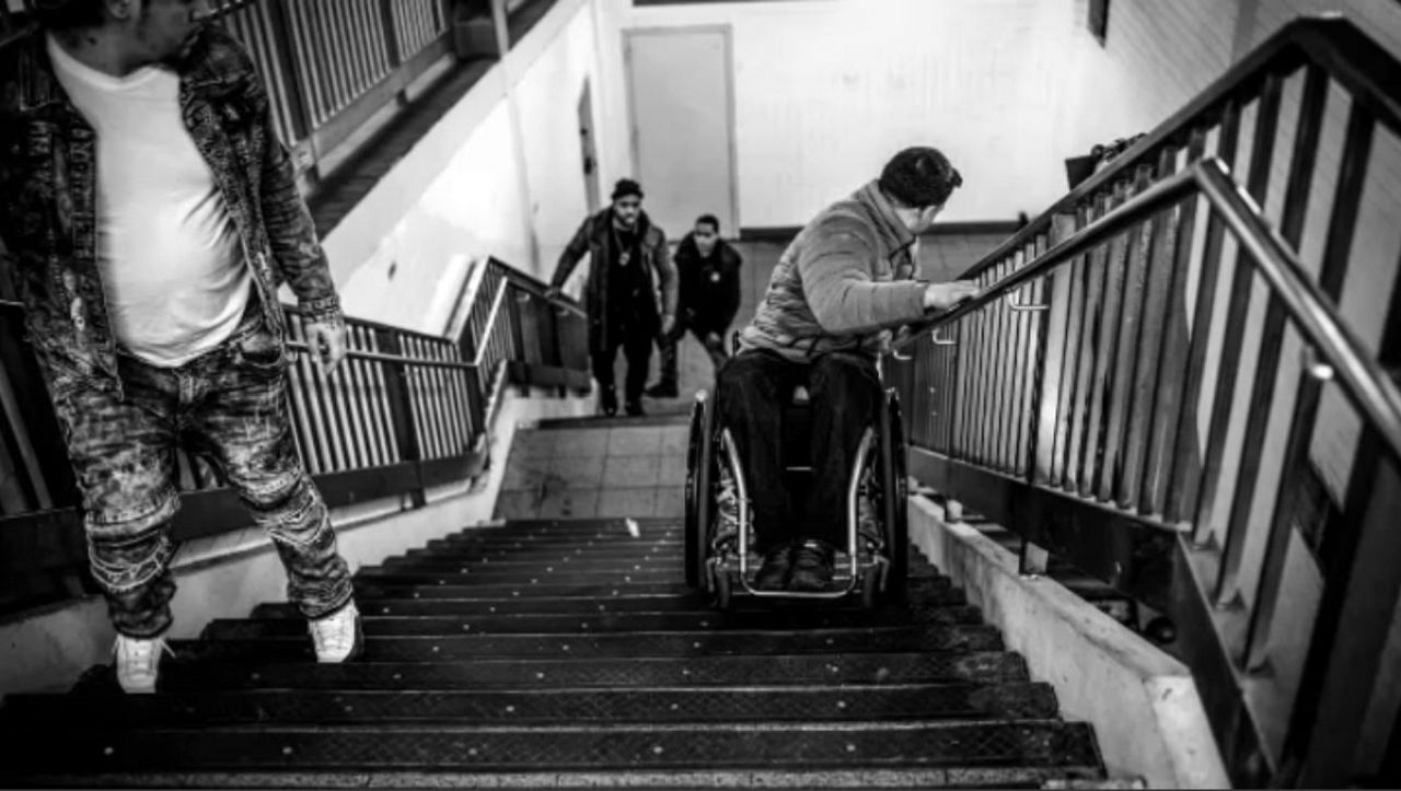 Photographer Documents the MTA's Lack of Accessibility