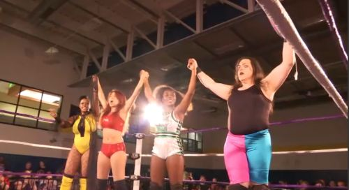 Up-and-coming women's pro wrestlers showcase skills