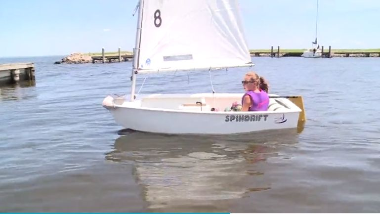 Oshkosh Yacht Club teaches sailing to kids
