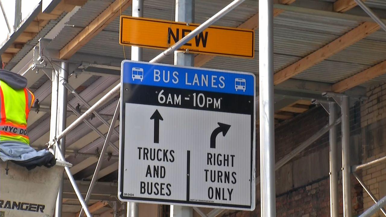 Abren carril exclusivo para buses en la calle 181 del Alto Manhattan
