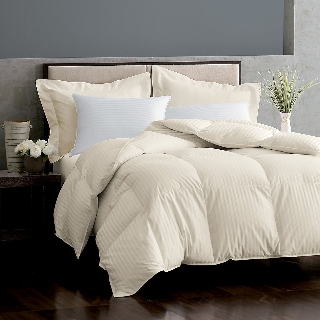 Welcome to Warm Things, the internet's best selection of affordable and high quality bed linens online. Find the perfect bedding set for your home now!