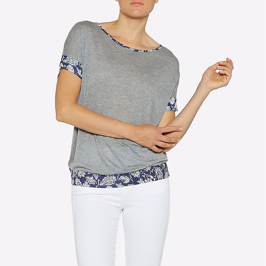 Women's Born Ready Scoop Neck Paisley Print Tee