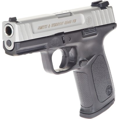 5113a497c656 Smith   Wesson SD40 VE 40 S W Full-Sized 14-Round Pistol