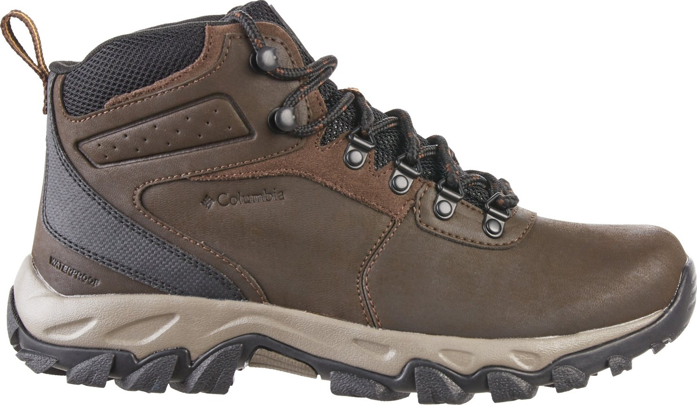 5d9ab96cc40 Columbia Sportswear Men's Newton Ridge Plus II Waterproof Hiking Shoes